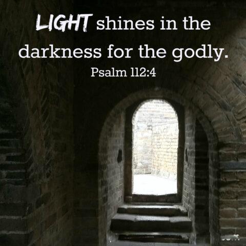 시편 112편:  세상을 이기는 빛